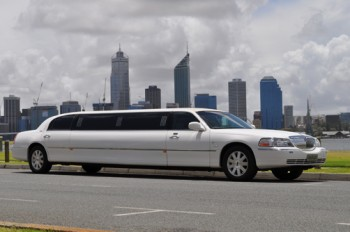 Lincoln 10 seat limousine hire Perth
