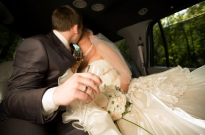 Chauffeured Wedding Cars, Limousines & Stretch Limos Melbourne