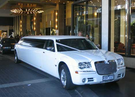 Wedding Cars, School Formal Limo, Airport Transfers Melbourne