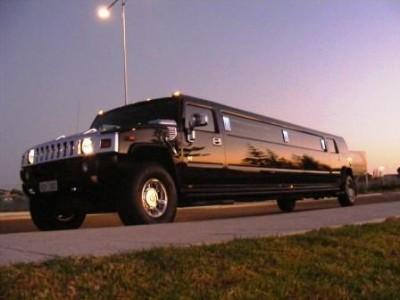 14 passenger black Hummer Limo H2