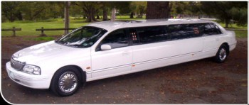 LTD 10 seat stretch limo, wedding limousine, school formal limo hire